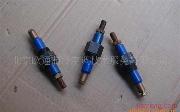 压缩机接线柱