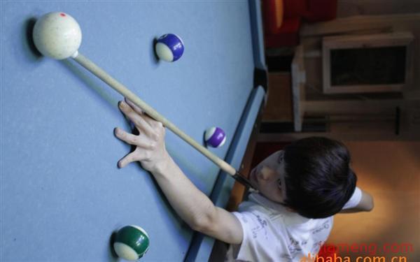 杭州市滨江区深蓝台球室加盟连锁a台球v台球中-蹦极绳子断了没死